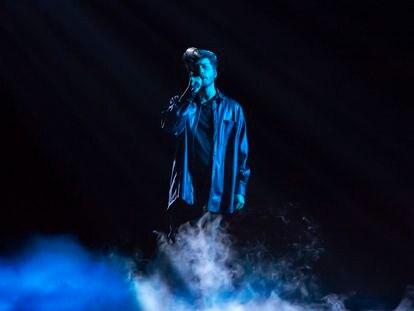 Blas Cantó durante un ensayo de la gala del sábado para elegir la canción española de RTVE para Eurovisión.
