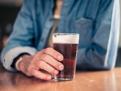 ¿Es 'solo una cerveza al día' o tengo un problema con el alcohol?