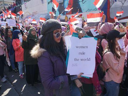 Decenas de mujeres participan en una manifestación, el pasado 13 de febrero en Bagdad.