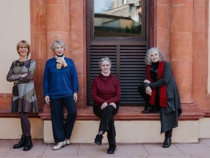 De izquierda a derecha: Imma Colomer, Muntsa Alcañiz, Vicky Peña y Lurdes Barba, las intérpretes de la obra que dirigirá Magda Puyo en el Lliure.