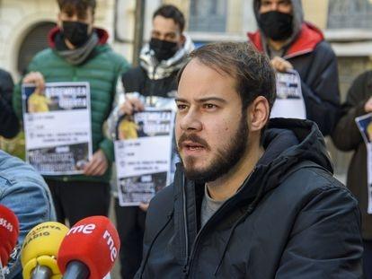 El rapero Pablo Hasél, el pasado 1 de febrero en Lleida, tras la sentencia de la Audiencia Nacional.