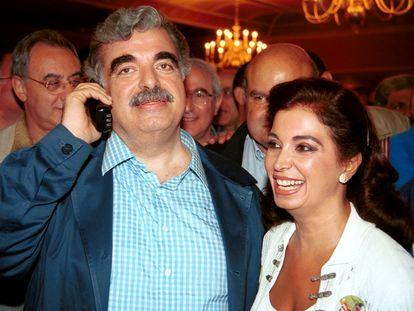 Rafik Hariri y su esposa, Nazek, en Beirut en 2000.