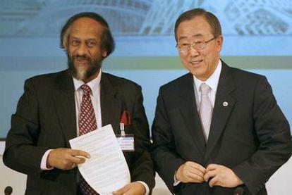 Rajendra Pachauri y Ban Ki-moon (derecha), en Valencia en 2007.