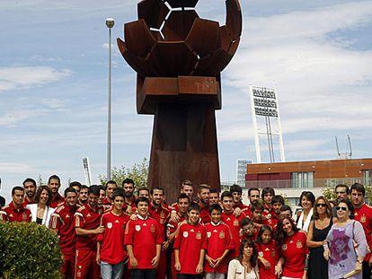 Los internacionales españoles, en la plaza Luis Aragonés.