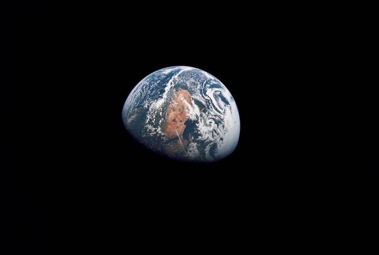 Una fotografía de la Tierra tomada por la misión Apollo 10 a 161.000 kilómetros de distancia.