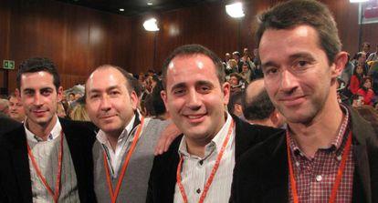 Jorge Alarte, con Carlos Fernández Bielsa, Alejandro Soler y Óscar Tena, felices tras la elección de Rubalcaba.