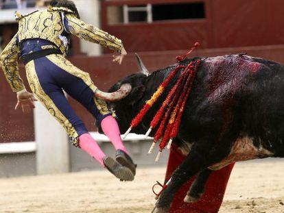 Padilla, con su segundo toro.