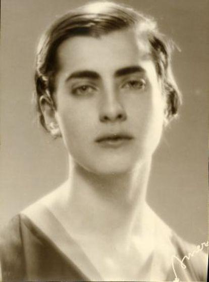 Marga Gil Roësset, pintora y escultora española, en 1932.