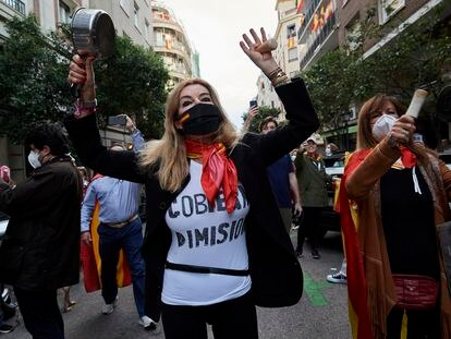 Protestantes contra el Gobierno de Sánchez en la calle Núñez de Balboa, el pasado día 13.