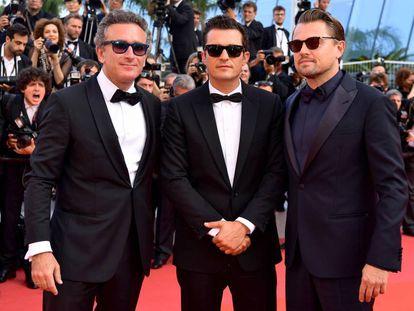 Alejandro Agag, Orlando Bloom y Leonardo DiCaprio este jueves en la alfombra roja del Festival de Cannes.