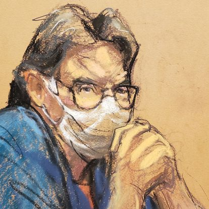 NXIVM cult leader Keith Raniere looks on during his sentencing hearing in a sex trafficking and racketeering case inside the Brooklyn Federal Courthouse in New York, U.S., New York, U.S., October 27, 2020 in this courtroom sketch.  REUTERS/Jane Rosenberg