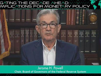 Jerome H. Powell, presidente de la FED, habla por videoconferencia durante la reunión anual de Jackson Hole el pasado 27 de agosto.