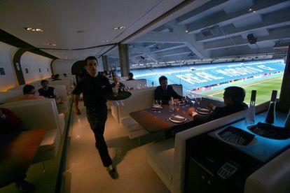 Restaurante en el interior del estadio Santago Bernabéu, en Madrid.