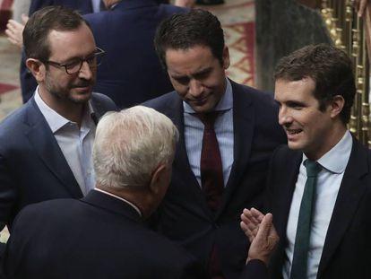 Pablo Casado (derecha) conJavier Maroto,Teodoro García y José Manuel García-Margallo.