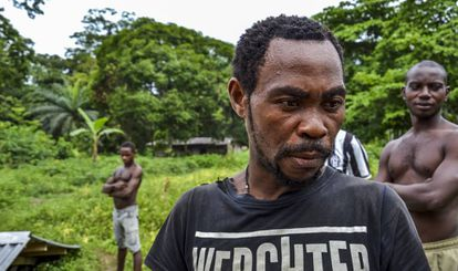 Jacques Ngongo, jefe del pueblo de Namikumbi.