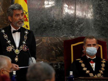 El presidente del Consejo General del Poder Judicial (CGPJ), Carlos Lesmes, interviene en presencia del Rey, en el acto de apertura del año judicial, el pasado 7 de septiembre.