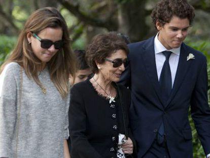 Paloma O´Shea, con dos de sus nietos.