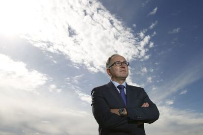 El consejero delegado de Iberia, Luis Gallego, en la azotea de la sede histórica de la compañía.