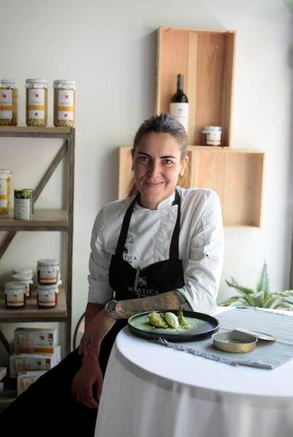 Lucía Grávalos en su restaurante.
