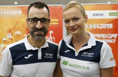Chuso García Bragado y Julia Takacs, en Doha.
