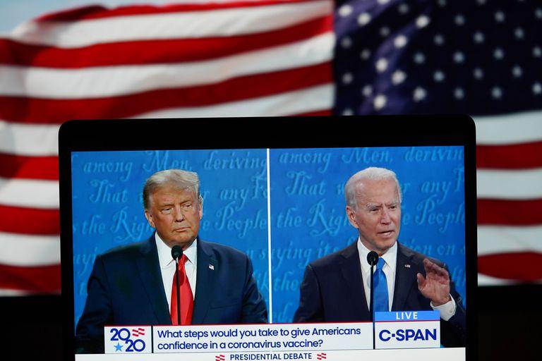 Donald Trump y Joe Biden, en el segundo debate electoral.
