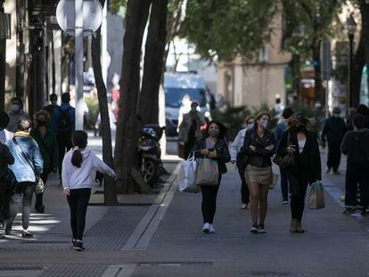Zona comercial del eje de Gran de Sant Andreu.