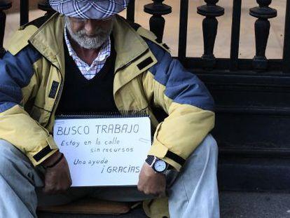 El 21,6% de la población española está en riesgo de caer en la pobreza.