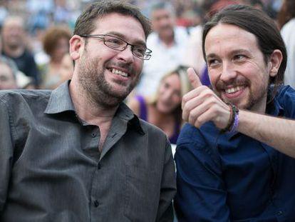Pablo Iglesias junto a Albano Dante Fachin, ganador de las primarias de Podemos para el 27-S.