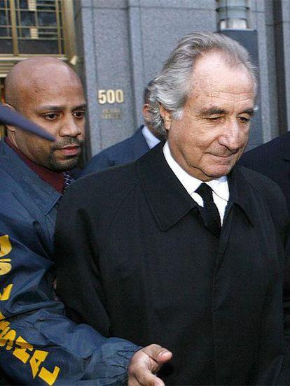 Bernard Madoff el pasado 5 de enero a la salida de la Corte Federal tras una audiencia