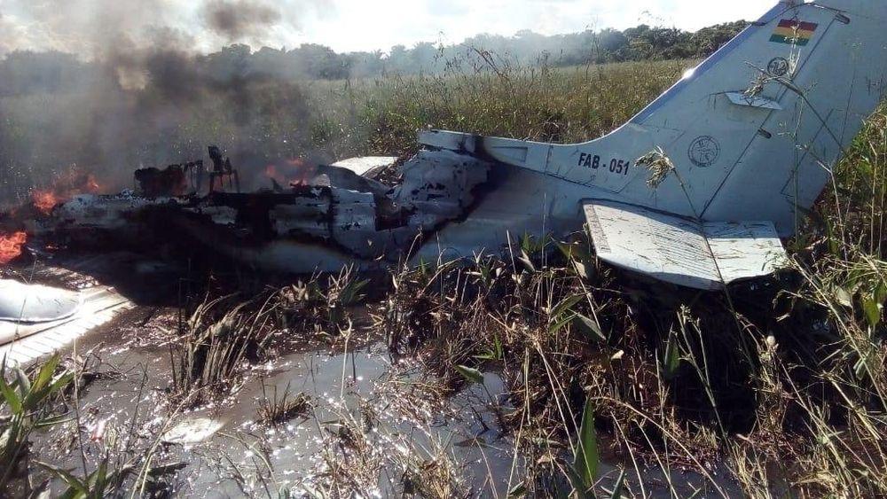 Mueren tres españoles al estrellarse una avioneta en Bolivia