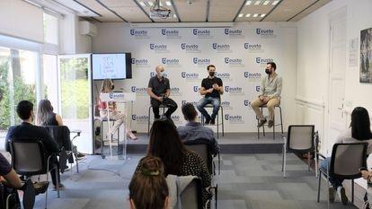 Sesión de formación del programa Citizen Bootcamp, de Deusto.