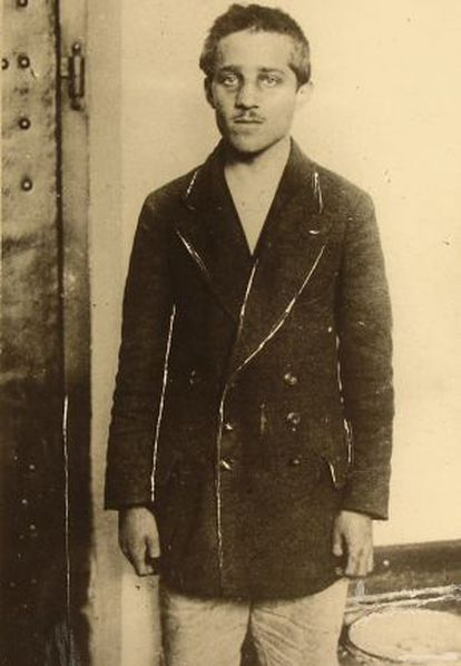 Princip fotografiado en prisión después del aseseinato del archiduque Francisco Fernando.