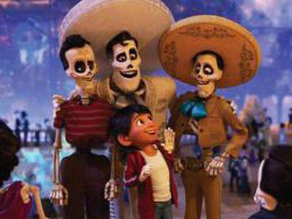 Miguel, el protagonista de 'Coco', en el mundo de los muertos.