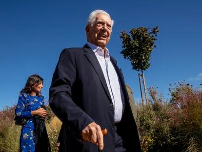 Mario Vargas Llosa, hoy viernes, en el encuentro cultural en San Lorenzo del Escorial (Madrid).