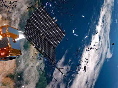 Escombros producidos por la ruptura o el choque de satélites abandonados en la órbita terrestre.