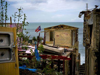 Viviendas destrozadas por el huracán en San Juan en 2017.
