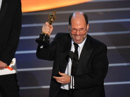 Scott Rudin recoge un Oscar por 'No es país para viejos' en 2008.