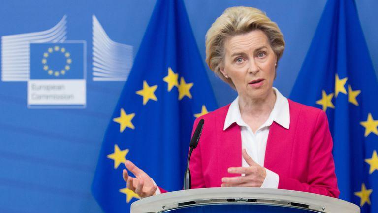 La presidenta de la Comisión Europea, Ursula Von Der Leyen, durante una rueda de prensa en Bruselas.