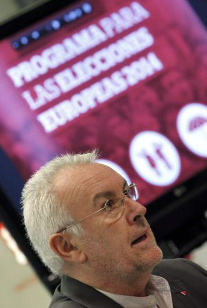 Cayo Lara presenta el programa electoral para los comicios europeos.