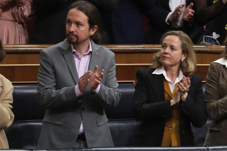 Pablo Iglesias y Nadia Calviño, en la apertura de la Legislatura el pasado febrero.
