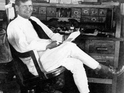 Jack London, en su casa de Glen Ellen, en California, a principios del siglo XX.