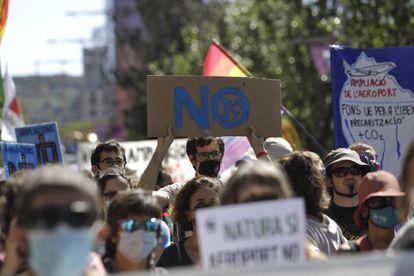 Manifestantes en el centro de Barcelona.