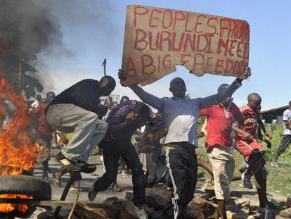 Manifestación en las calles de Bujumbura / Foto: Simon Maina/AFP/Getty Images