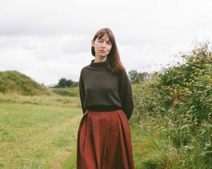 La escritora irlandesa Sally Rooney, el pasado mes de julio en Mount Falcon Estate, en Ballina (Irlanda).