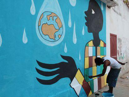 Diseño del artista Dauda Lusmore realizado por Black XU y Edurne Baquero en una anterior edición de África Loves Color.