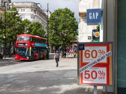 Tienda de la cadena textil estadounidense GAP en Oxford Street, en Londres, el 6 de agosto.