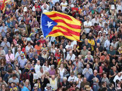 Puigdemont convocará un pleno en el Parlament en los próximos días para responder a la aplicación del artículo 155