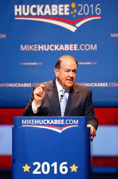Mike Huckabee anuncia su candidatura en Hope, Arkansas.