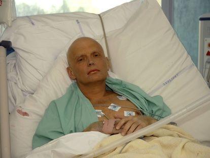 El exespía ruso Alexander Litvinenko, hospitalizado en Londres pocos días antes de morir.