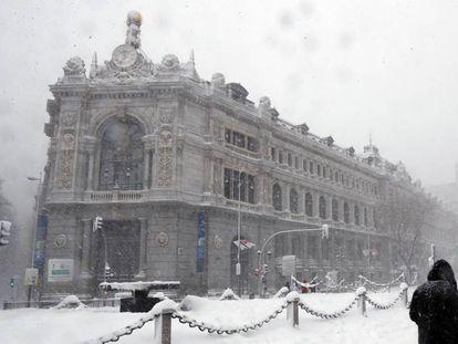 Sede del Banco de España tras el paso del temporal 'Filomena'.